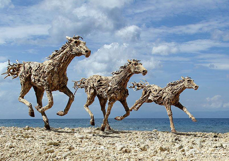 galloping horses made from driftwood by james doran-webb (3)