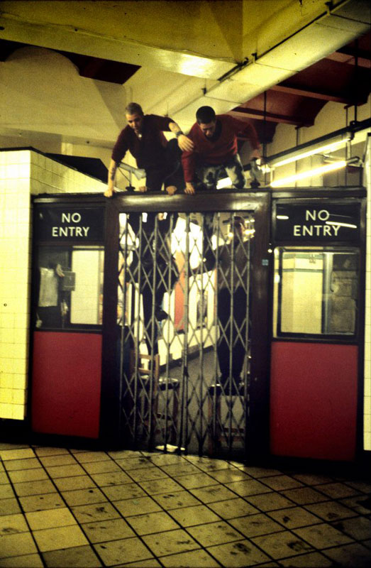Life in the Tube 40 Years of London Underground Photography by Bob Mazzer (4)