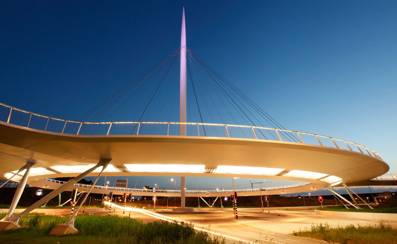 World's First Suspended Bicycle Roundabout hovenring by ipv delft netherlands (6)