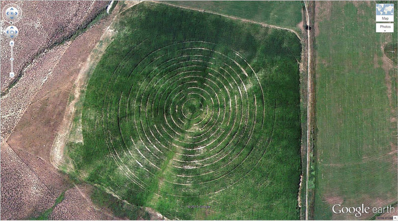 circular patterns in a field google earth
