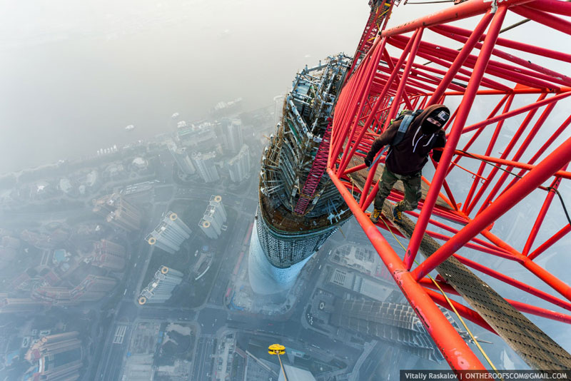 These Guys Wore a GoPro and Scaled the Second Tallest Building in the World