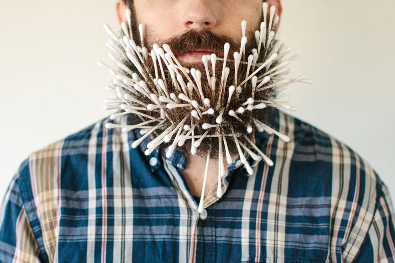 guy sticks random things in his beard instagram tumblr (3)