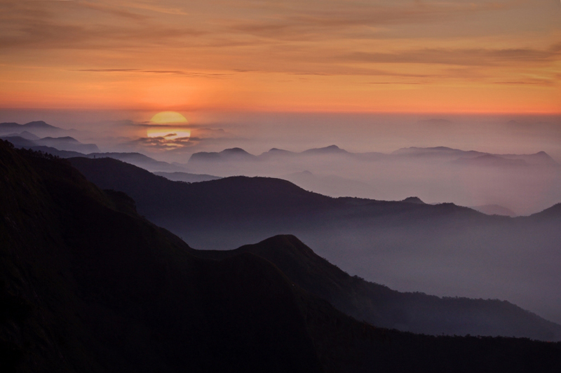 indian-sunrise-Kodaikanal-tamil nadu-india