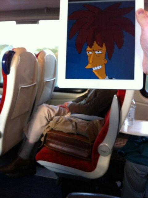 october jones gives people cartoon faces on train ride to work (4)