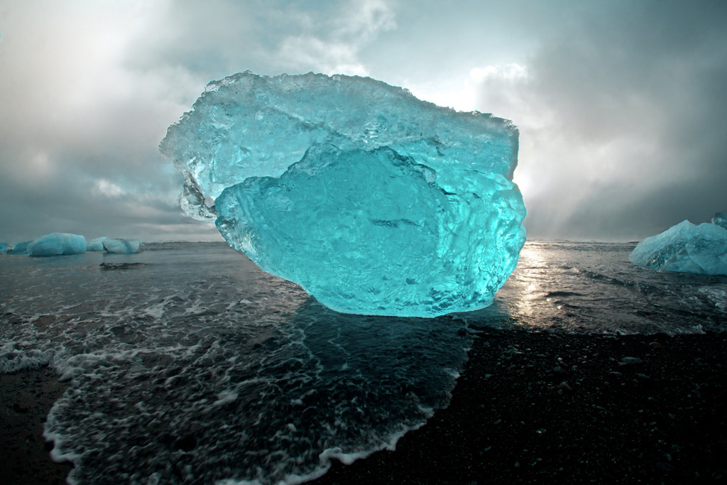08-Iceberg-Gallery