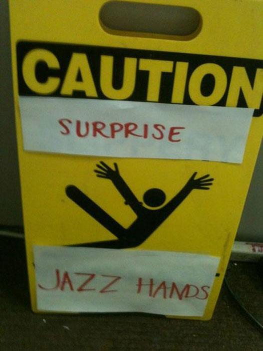 caution wet floor funny signs (3)