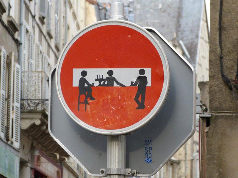 do not enter street sign art by clet (1)