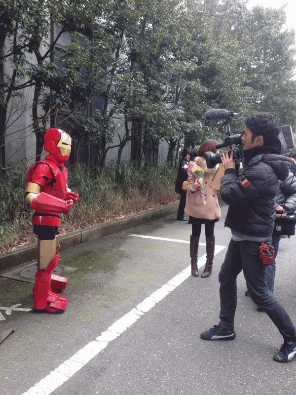 Kanazawa College of Art in Japan Lets Students Wear Costumes to Graduation (2)