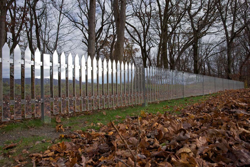mirrored fence by alyson shotz (2)