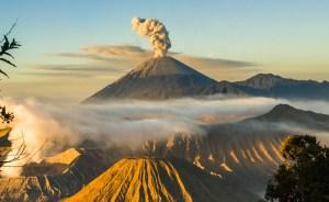 mount bromo indonesia volcano 2 mount bromo indonesia volcano (2)