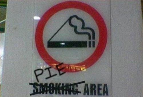 smoking pie area sign