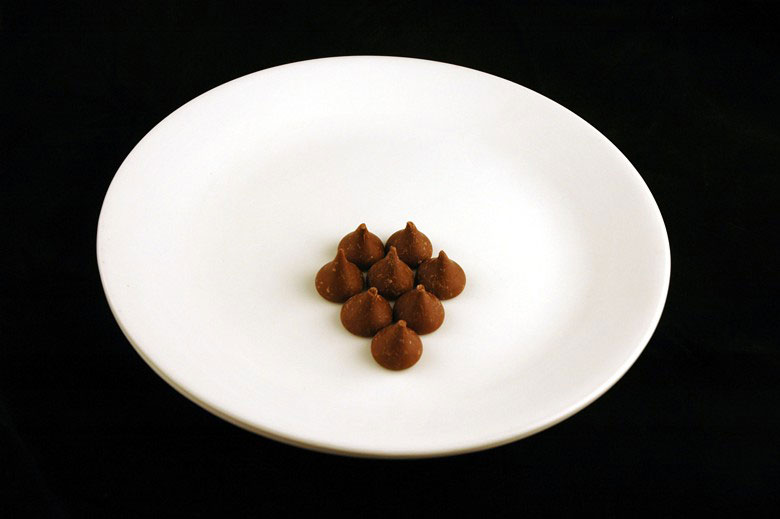 calories in hershey kisses This is What 200 Calories of Various Everyday Foods Looks Like