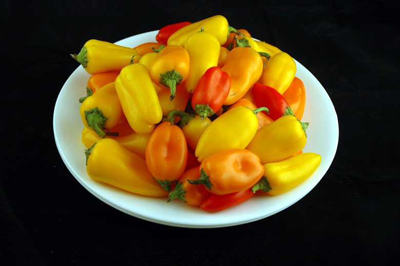calories in mini peppers This is What 200 Calories of Various Everyday Foods Looks Like
