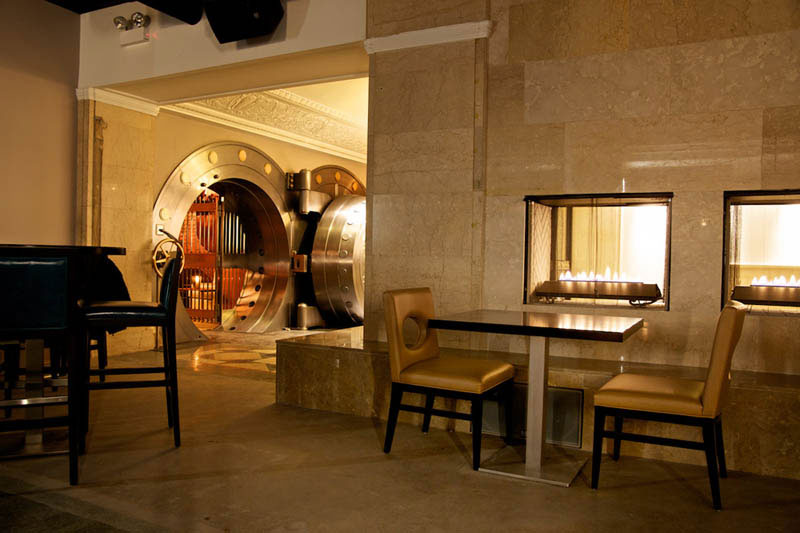 chicago supper club restaurant reclaims bank with vault the bedford 18 Restaurants In Unforgettable Settings