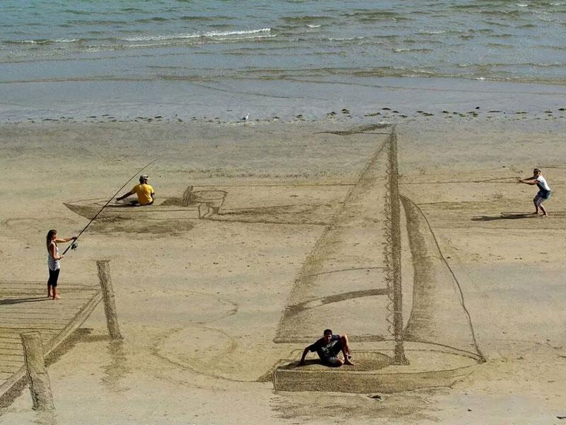 3d beach art by jamie harkins 1 3D Sidewalk Paintings by Nikolaj Arndt