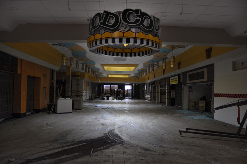 randall park mall abandoned ohio by seph lawless (13)