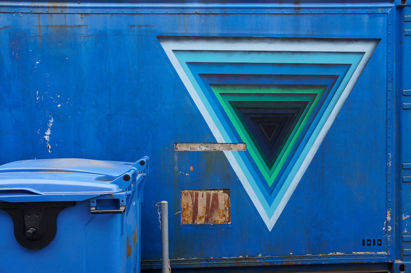3d street art by 1010 portal to another dimension wormholes (2)