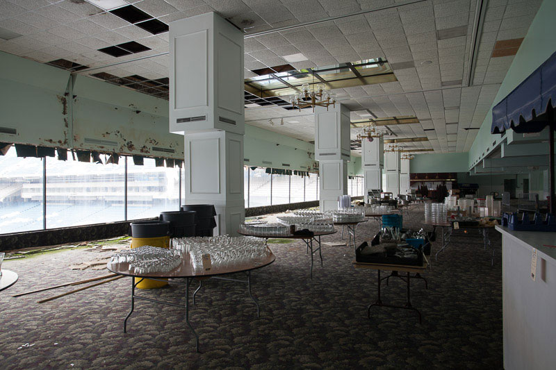 the abandoned silverdome by detroiturbex (13)