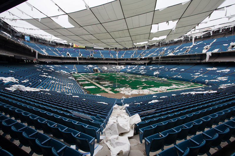 the abandoned silverdome by detroiturbex (5)