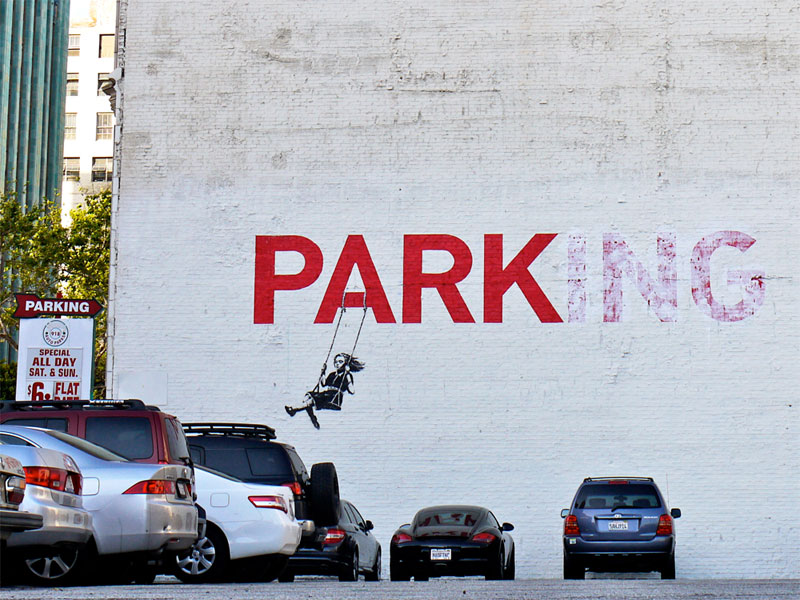 banksy 19 15 Anamorphic Graffiti Murals that Leap Off the Wall