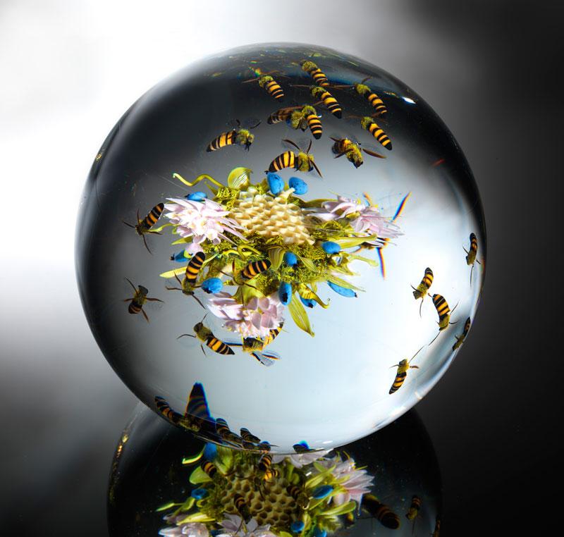 miniature glass gardens encased in clear glass orbs by paul stankard (1)