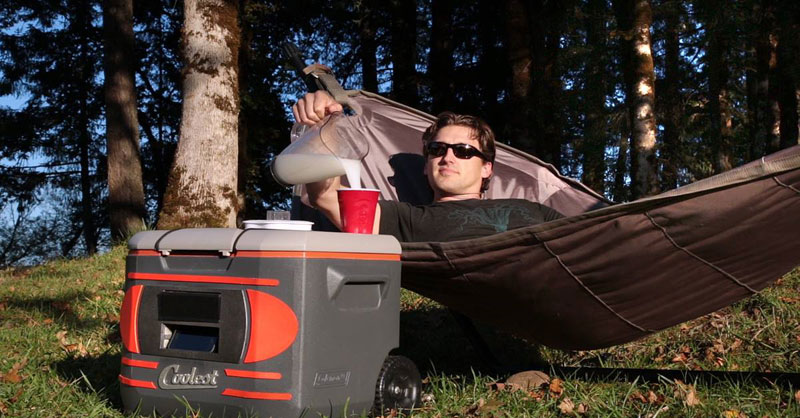 the coolest cooler for the 21st century (2)