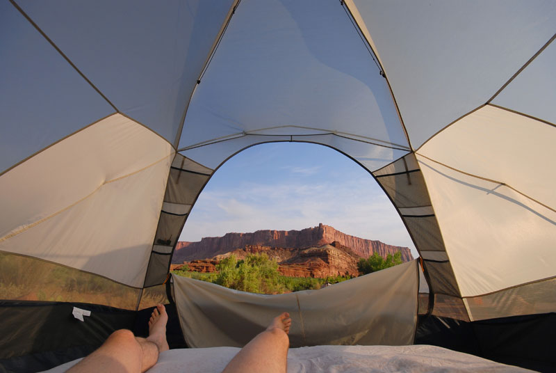 15 reasons why you'll never regret sleeping in a tent (4)