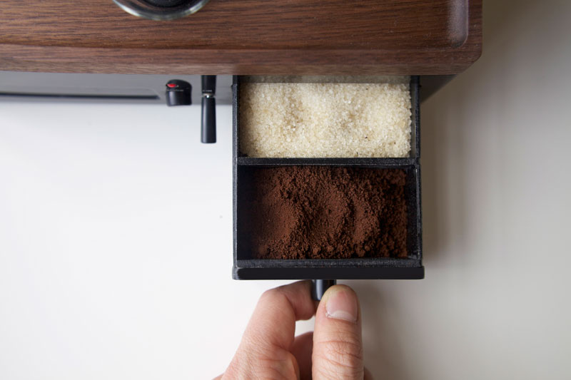 Alarm Clock wakes You Up With Fresh Cup of Coffee the barisieur by joshua renouf (7)
