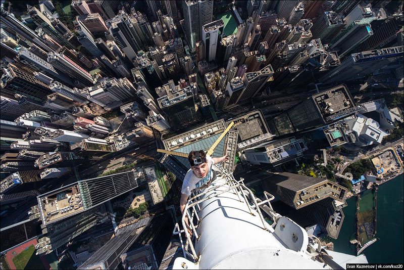 photos that look straight down from perilous heights by ivan kuznetsov (1)