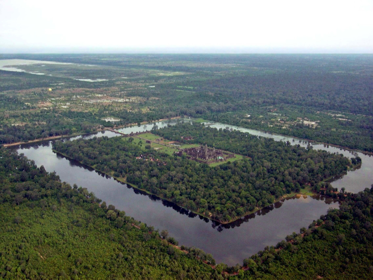 angkor wat aerial from above cambodia Picture of the Day: Angkor Wat from Above