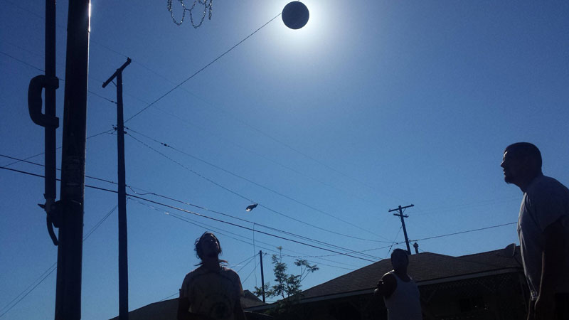 basketball eclipse of the sun Picture of the Day: Basketball Eclipse of the Sun