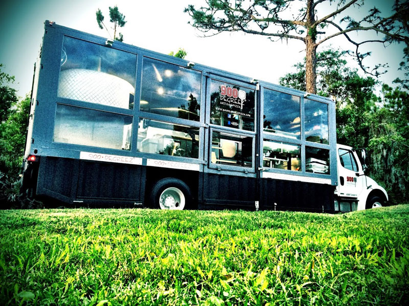 food truck with wood burning pizza oven (6)