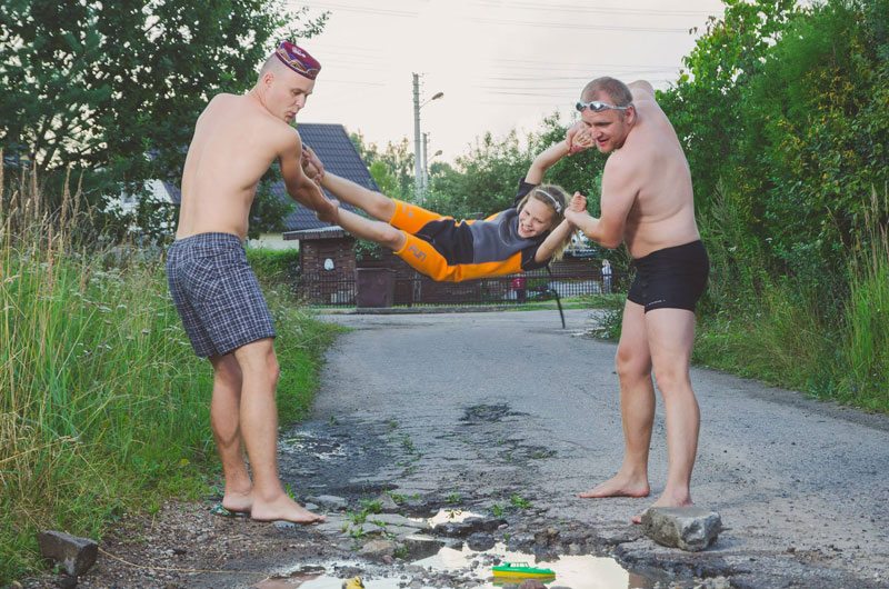 lithuanian artists create funny photos to highlight their citys pothole problem (6)