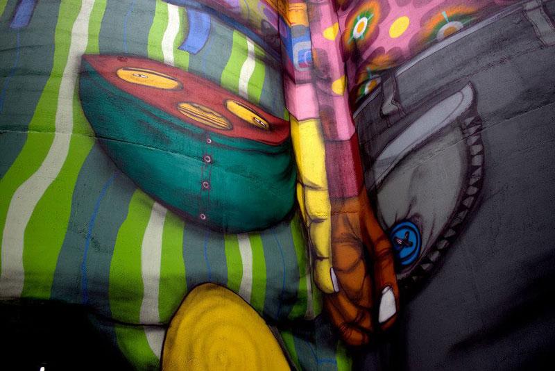 osgemeos granville island concrete silos vancouver biennale 2014 6 OsGemeos Complete First 360 Mural on Six Giant Concrete Silos