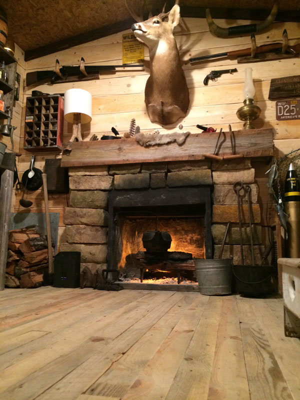 This Guy Built a Rustic Cabin Man Cave for 107 dollars (18)