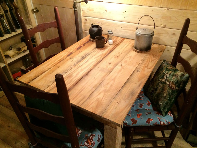 This Guy Built a Rustic Cabin Man Cave for 107 dollars (21)