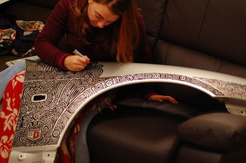 Artist Uses Sharpie to Give Nissan Skyline GTR One of a Kind Paint Job (15)