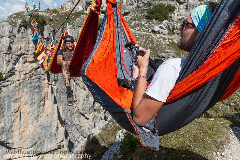 highline hammock session monte piana by sebastian wahlhutter 2 Highline Hammock Session in the Dolomites