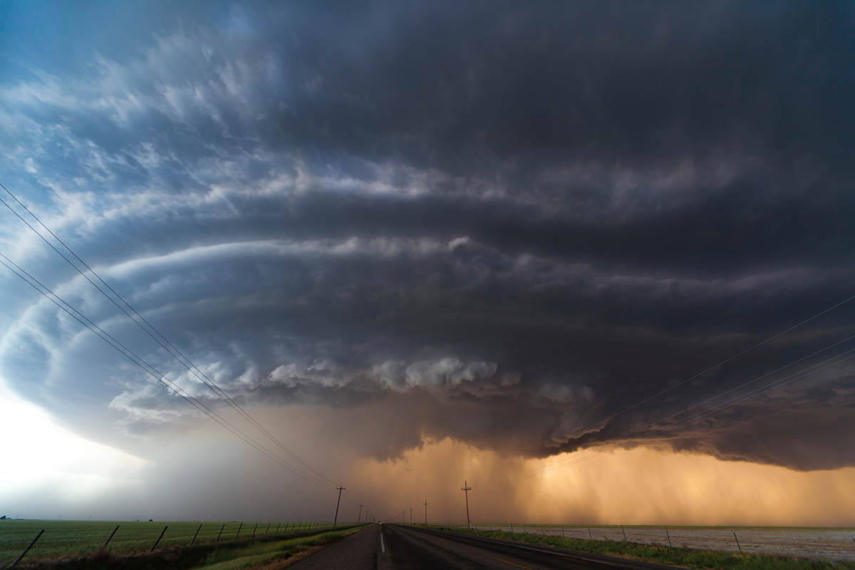 supercell thunderstorm near panhandle oklahoma