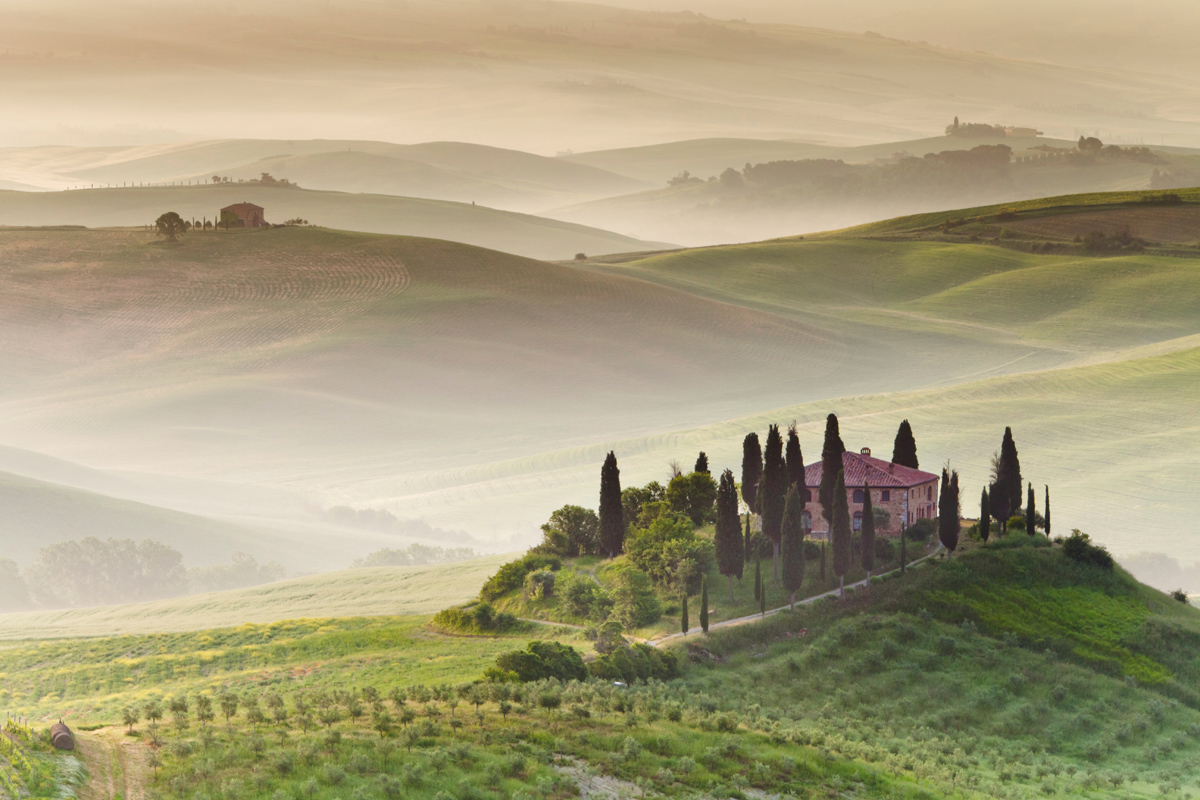 tuscany italy morning fog The Top 100 Pictures of the Day for 2014