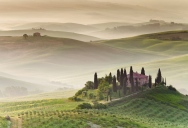 Picture of the Day: Morning Fog in Tuscany