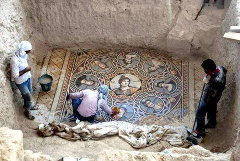 ancient mosaics discovered in ancient greek city of zeugma 1 This Artist is Filling Potholes with Food and Flower Mosaics