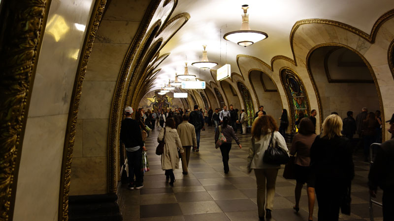 beautiful moscow metro stations (17)