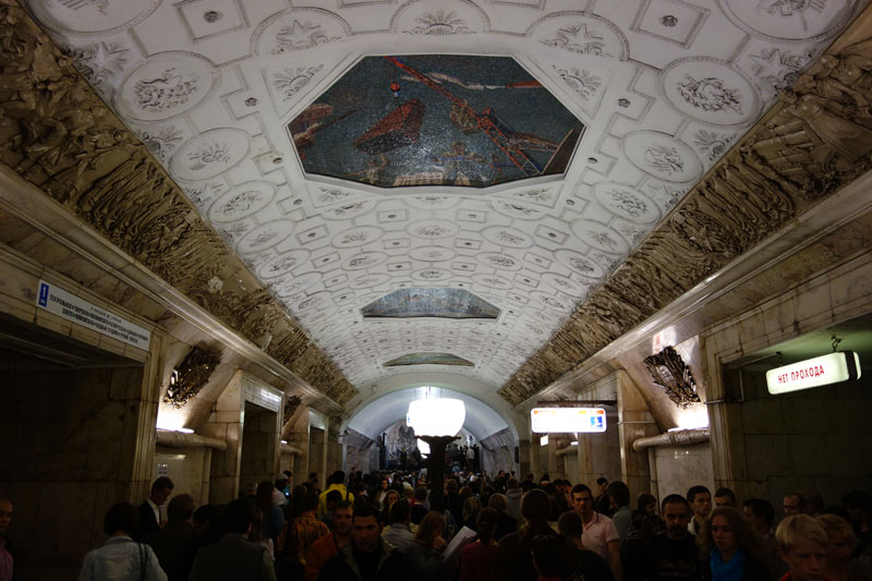 beautiful moscow metro stations (22)