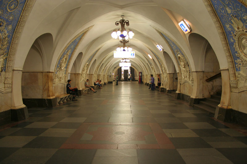 beautiful moscow metro stations (9)