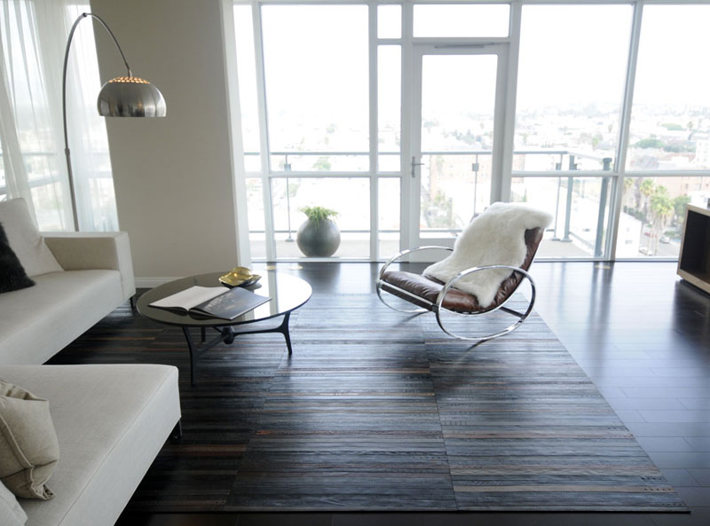 flooring rugs made from old leather belts by TING (1)