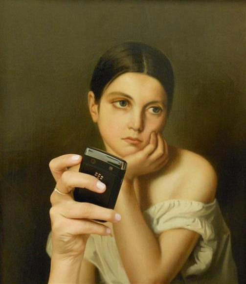 Photos-of-Museum-Portraits-Taking-Selfies-10
