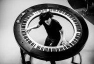 Lady Gaga's Keyboard Player Built an Awesome 360 Keyboard