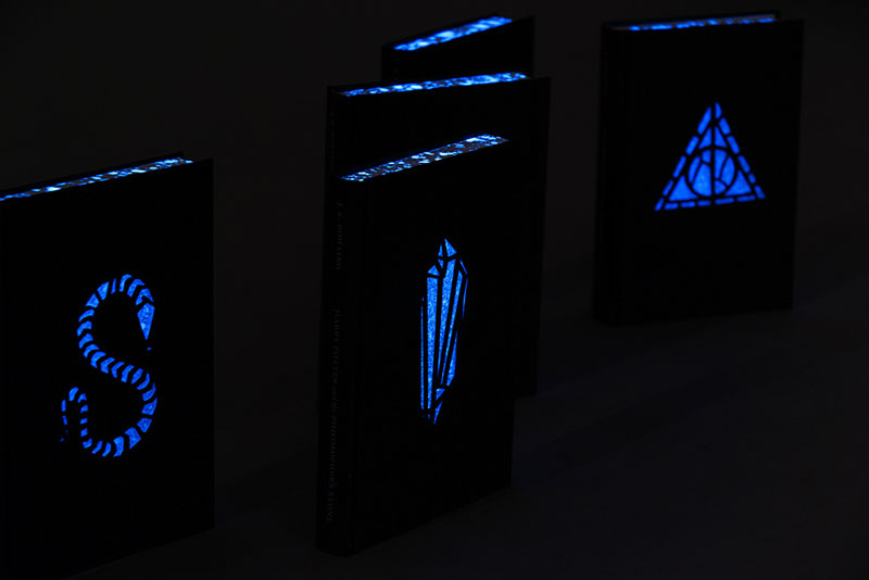 artist designs glow in the dark illustrated harry potter books (8)