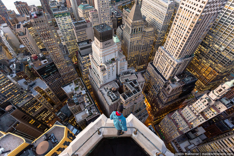 exploring nyc from the roofs of buildings vadim makhorov and vitaliy raskalov (10)
